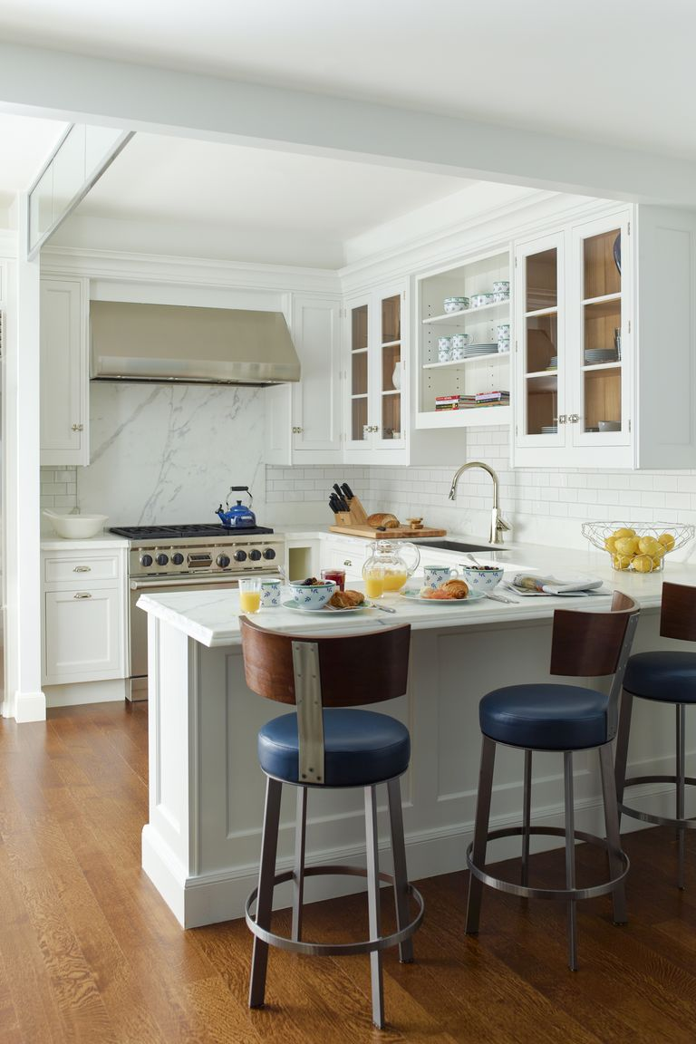 these kitchen peninsulas are gorgeous and functional in 91 Comfortable Kitchen Design Tips 2020 id=34269
