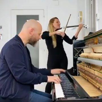 Música En Directo Para Tu Boda Girona Weddings Gironaweddings Inspiración Para Bodas En Girona Y Provincia Mas Info Sobre Music Music Instruments Piano