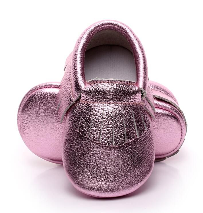 b72748f533c6 rose gold Newborn Genuine Leather Baby moccasins First Walkers Soft Baby  boots bling infant Fringe girls boys Shoes