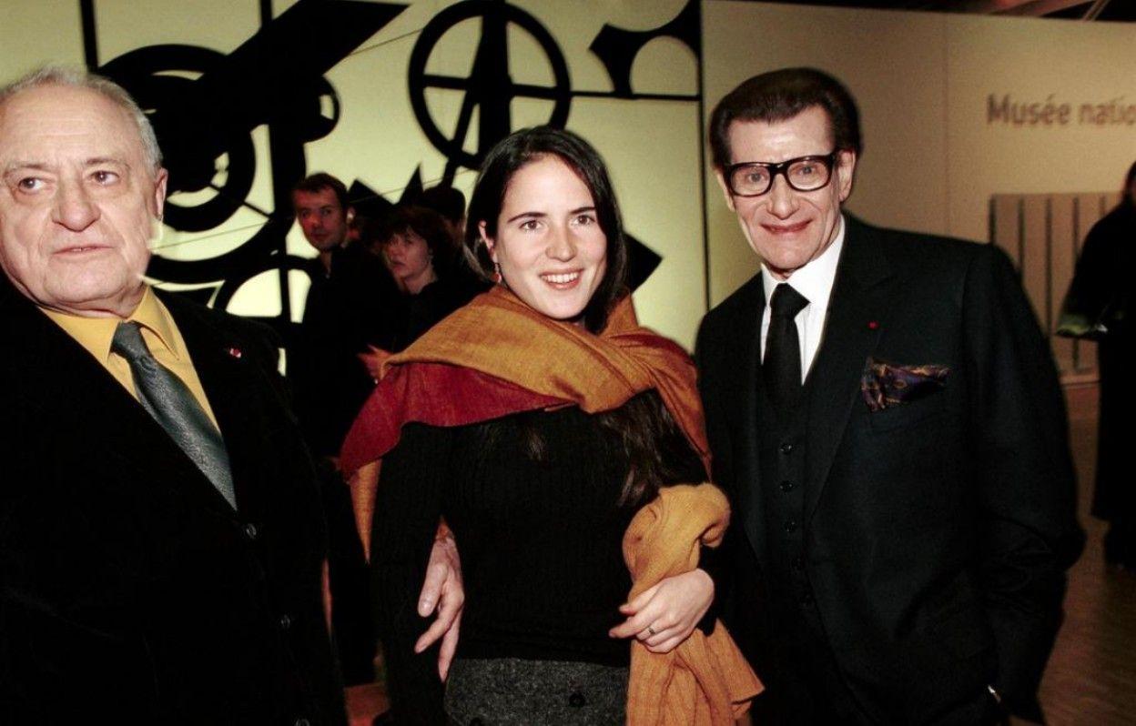 Pierre Bergé, Mazarine Pingeot et Yves Saint Laurent le 19 Janvier 2000. Getty Images.