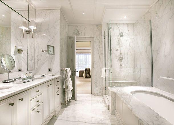 Interesting Luxury Master Bathroom Remodeling Ideas White Marble White Luxury Master Bathrooms Bathroom Remodel Master Modern Luxury Bathroom