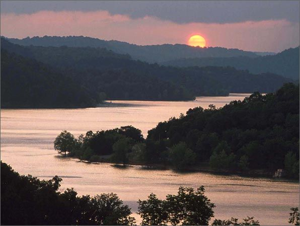 Center hill lake smithville tn where i spent for Fishing lakes in tennessee