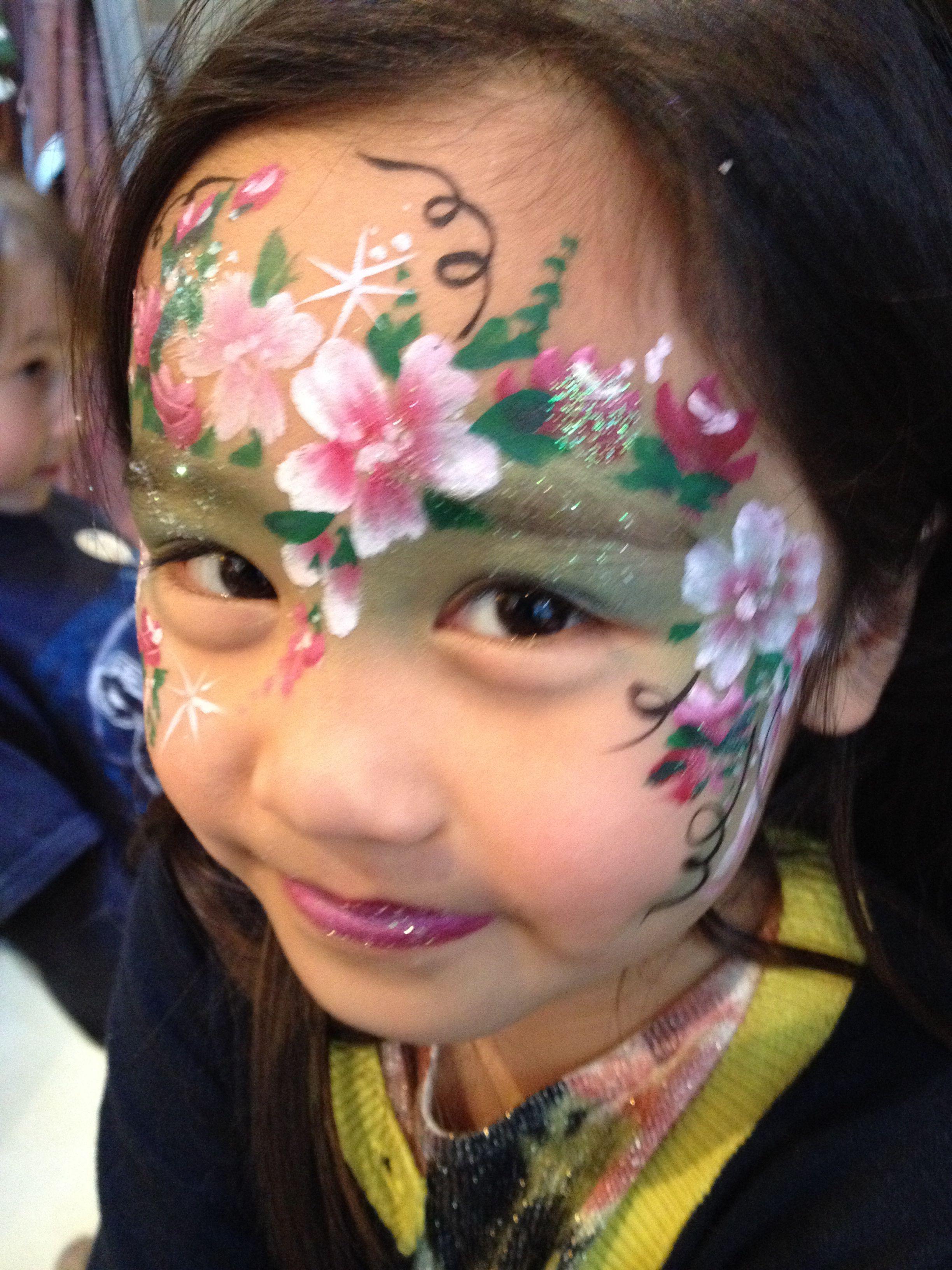 Flowers facepainting