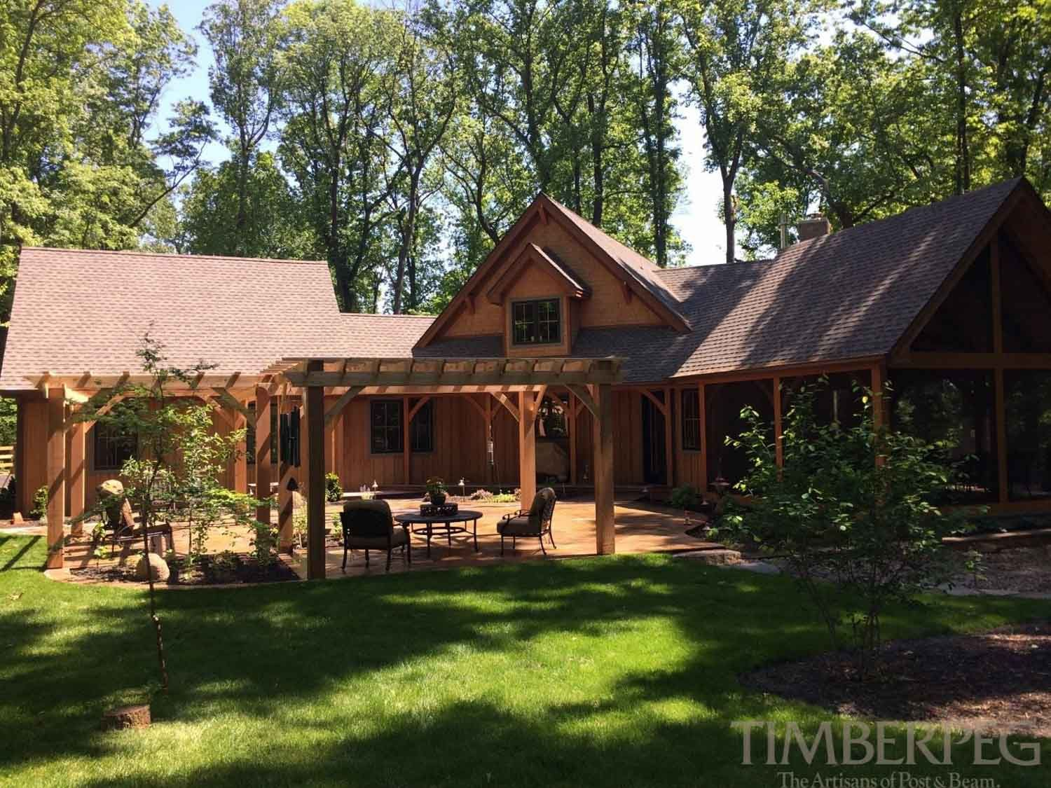 Timberpeg Timber Frame | Hamilton, VA Main House (T00990) | Post and ...