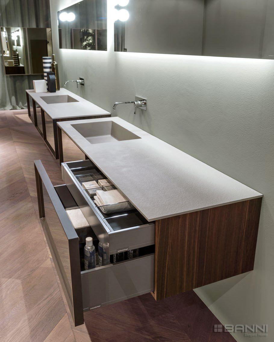Mueble de ba o moderno en madera bespoke by antonio lupi for Muebles de bano de diseno modernos