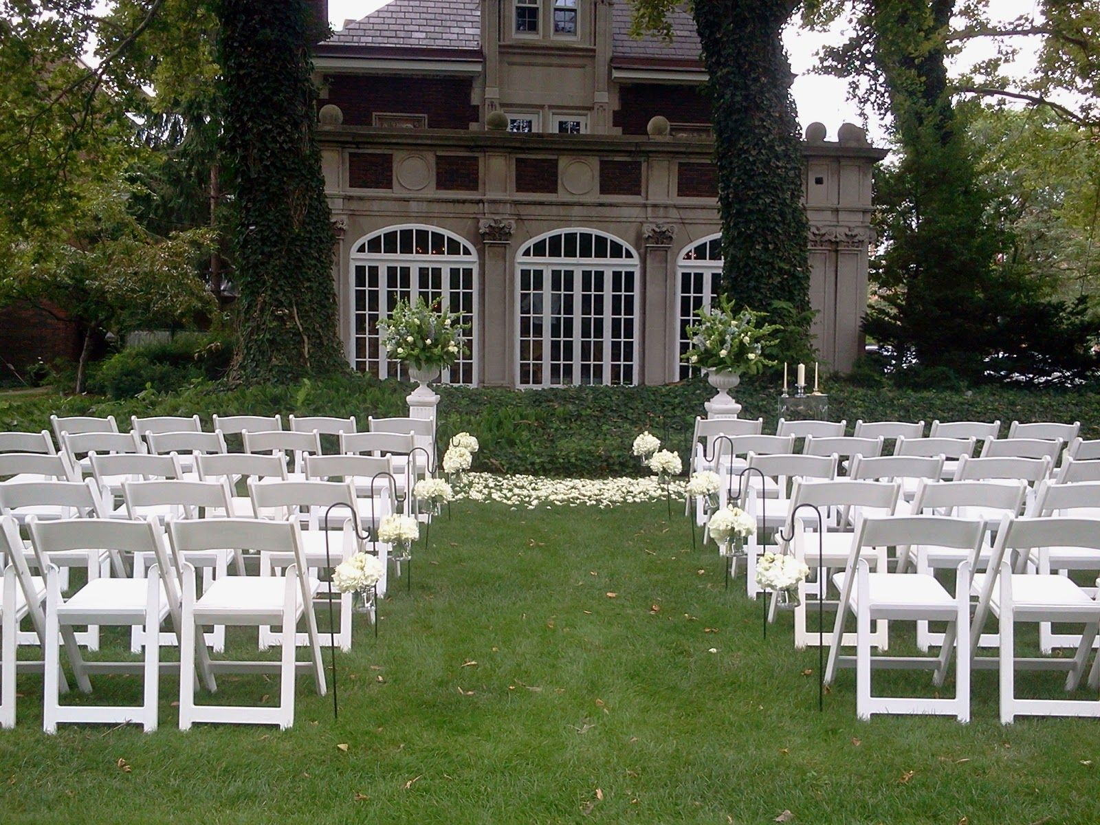 Outdoor CeremonyGlidden House, Cleveland, OH Ohio