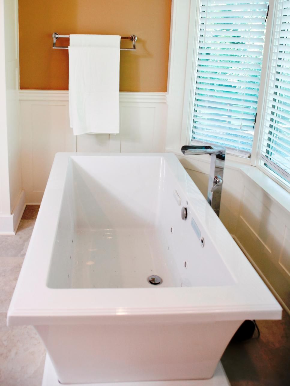#TestimonialTuesday : We are in with this amazing bathroom ...