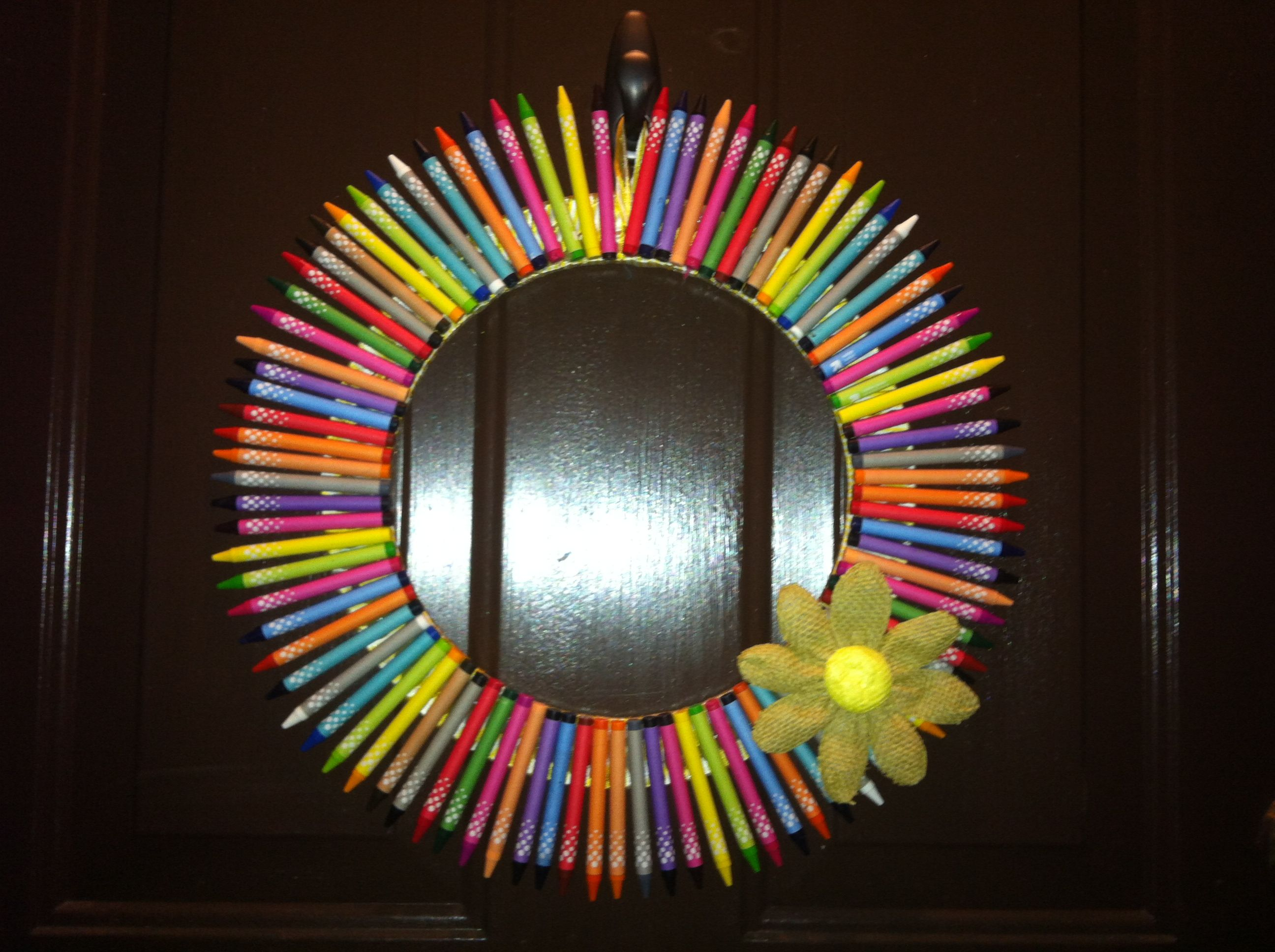 Crayon wreath for back to school decor school