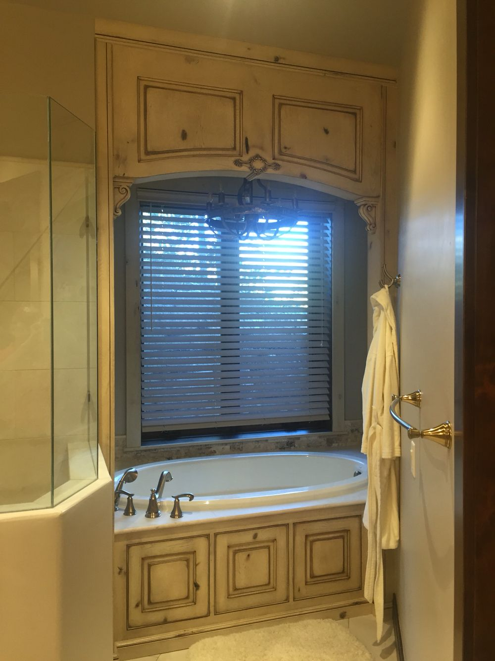 Custom designed jacuzzi tub entrance made from rustic Hickory ...