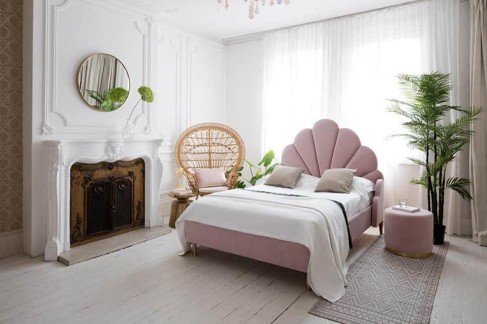 30 Bedroom Decorating Ideas For A Single Woman Art Deco Bedroom