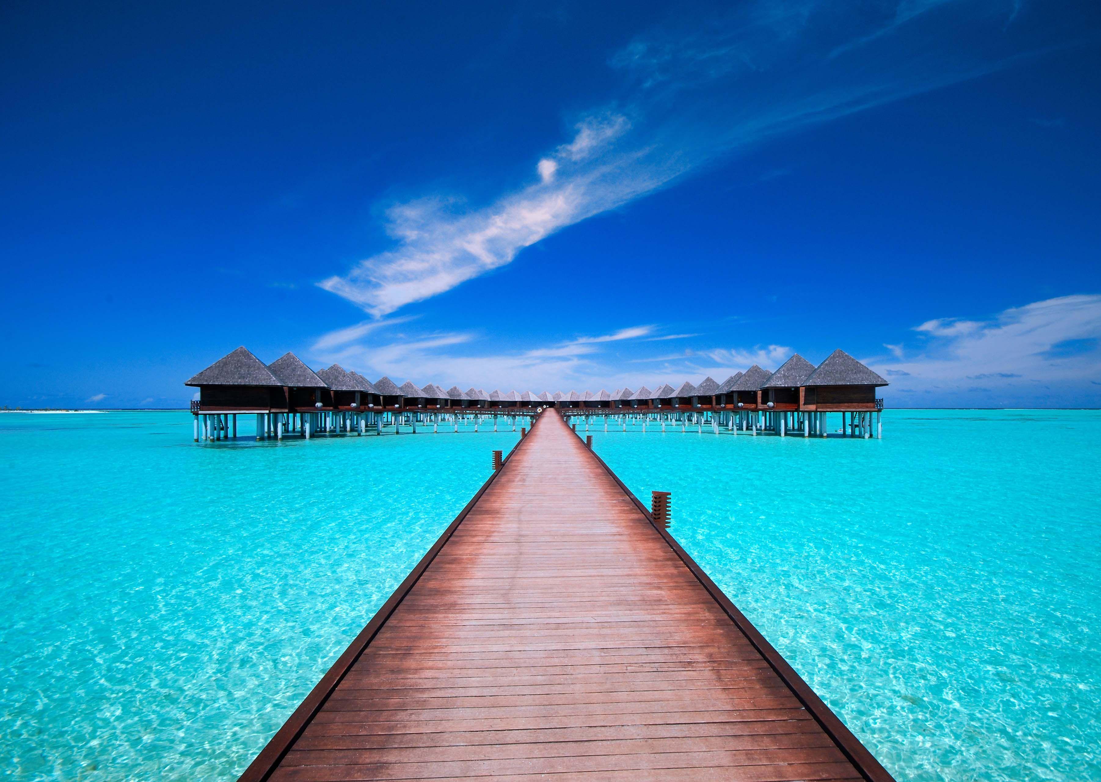 Beautiful Olhuveli Beach Resort & Spa, Maldives