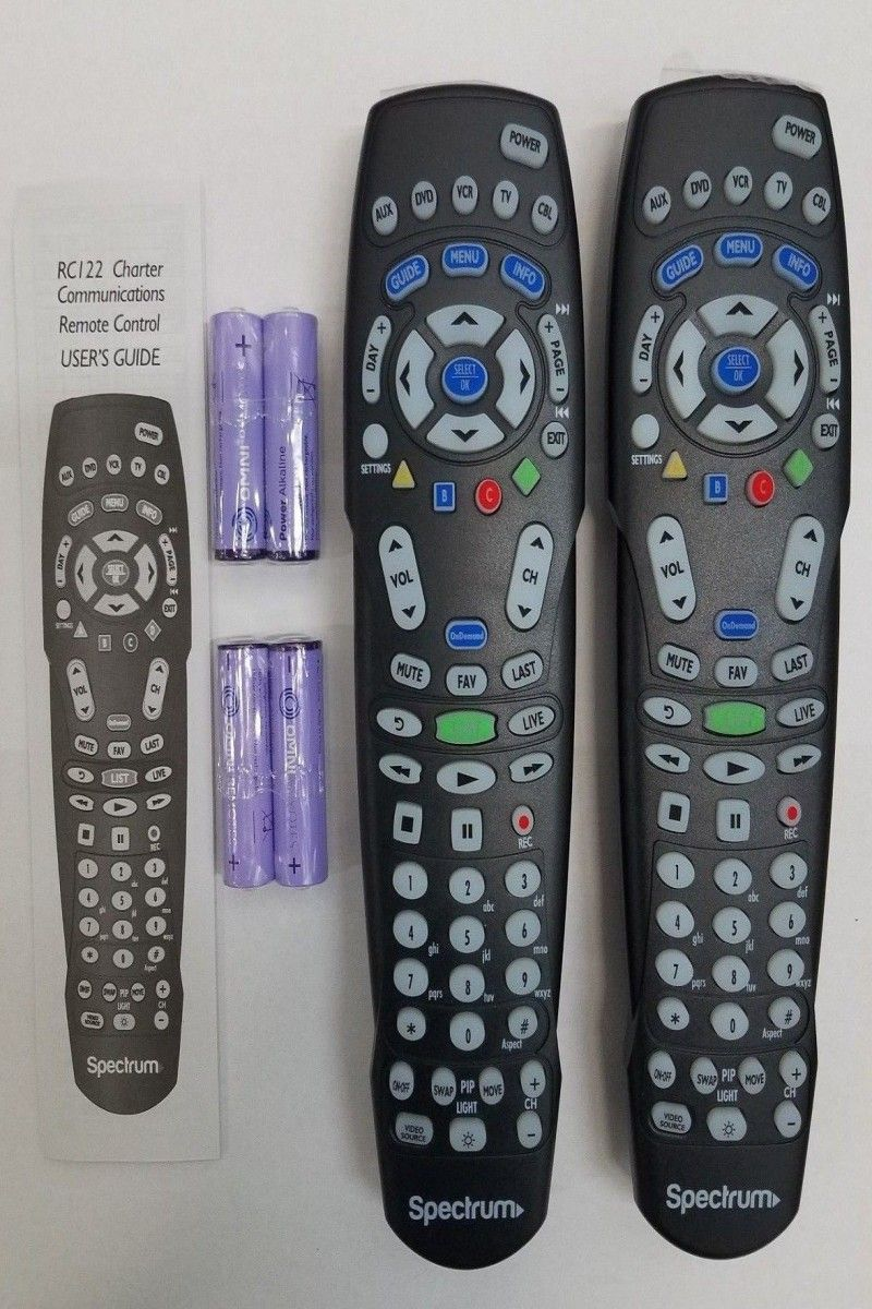 8 50 | Lot of 2 Spectrum RC122 TV Universal Remote Control