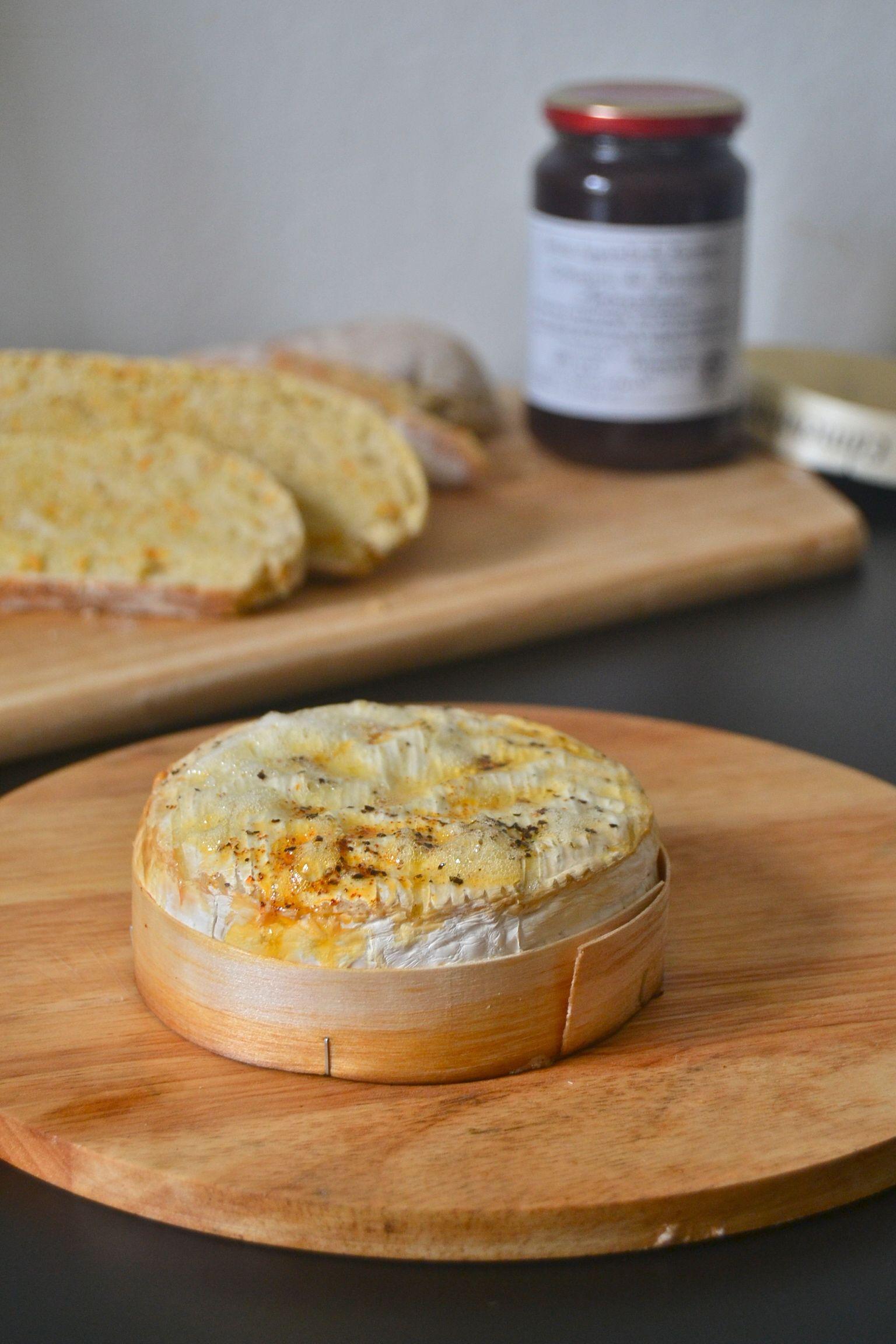 Paistettu Camembert