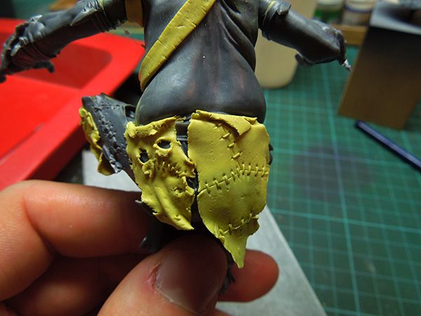 "Posted by Raffaele ""Picster"" Picca   Hey everyone,   today I will show a simple way of creating a leather loincloth for your figure conversi..."