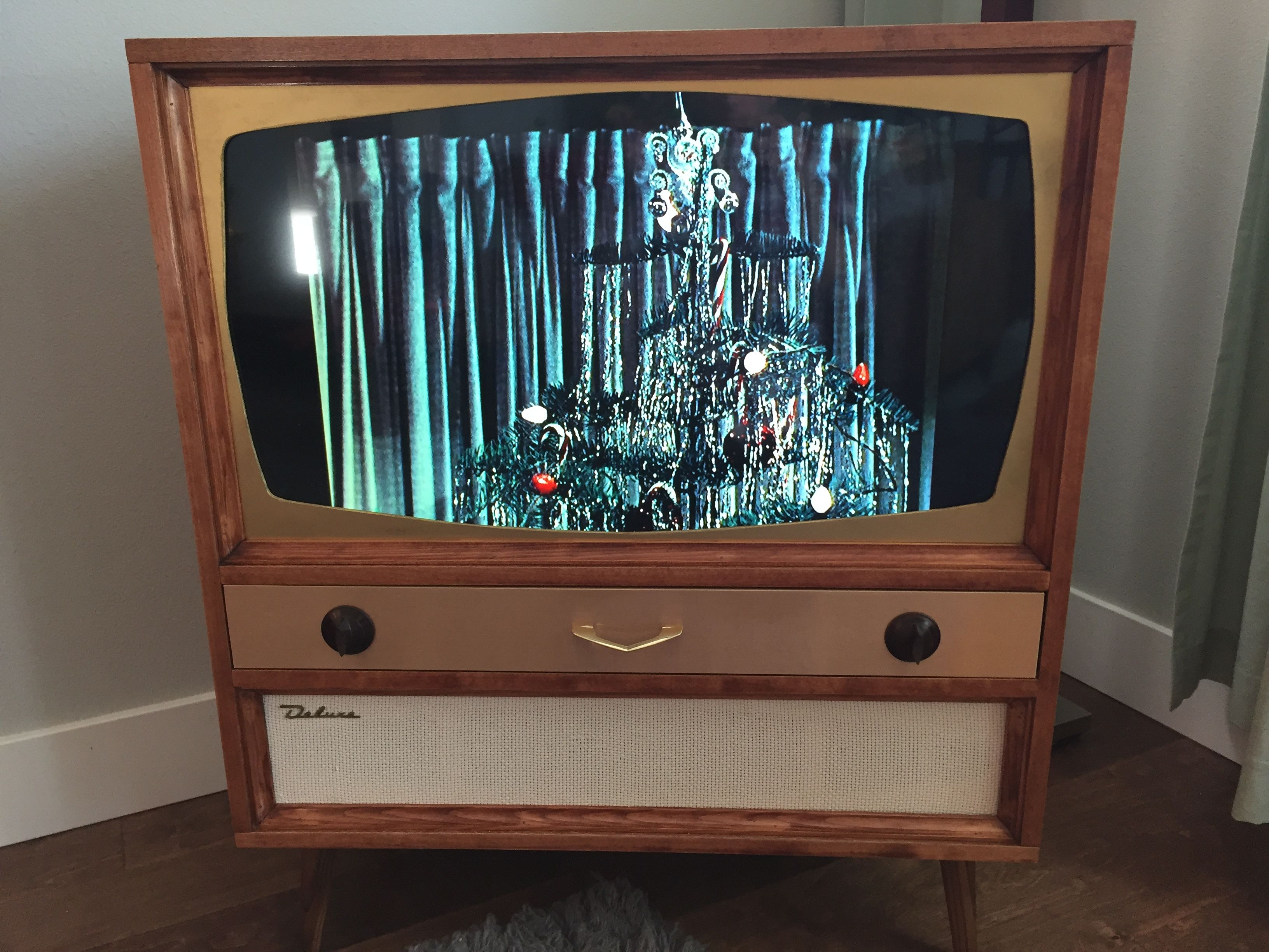 After Looking At Many Pictures Of Vintage Tvs I Built My Own 32 Led Bluray Wireless Sub Etc Mid Century Mod Modern Tv Cabinet Retro Renovation Modern Tv