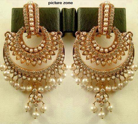 37f47a890d4 purty!! pearls and antiquey gold love it!