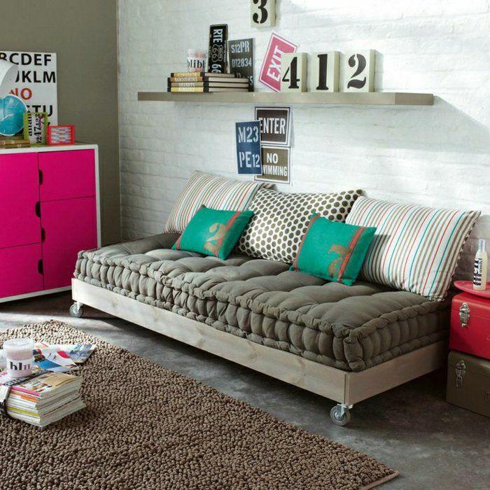 choisir un beau matelas pour banquette id es d co en 45 photos matelas pour. Black Bedroom Furniture Sets. Home Design Ideas
