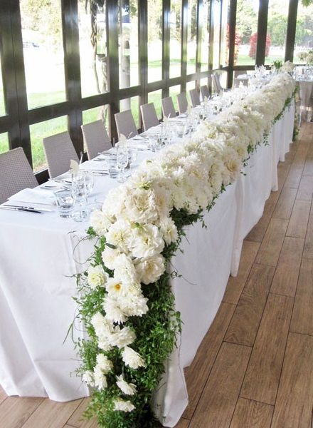 Long and Low Bridal Centrepiece
