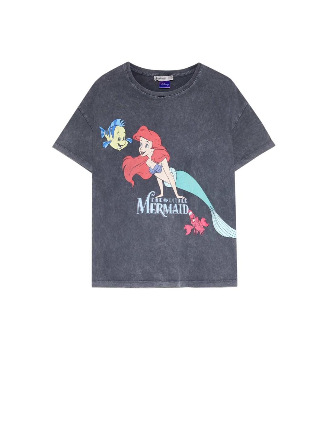 Camiseta Disney Sirenita | Camisetas disney, Stradivarius