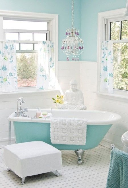 Wall Colour, Bluebird (6160 31), Bathtub Paint, Anticosti Grey (6161 41) By  Sico Through The Home Depot; Photographer: Janis Nicolay; Source: House U0026  Home ...