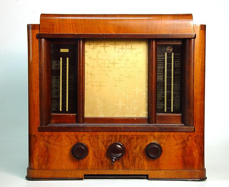 Philips 536 A 1935 Known As Temple Of Music Radios