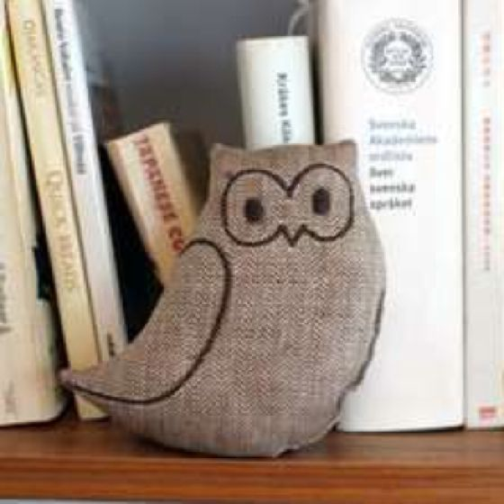 Found this cute little burlap owl Online while searching & I like him!