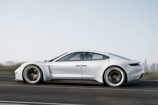 Porsche Mission E: pas op, Tesla Model S! | Autonieuws - AutoWeek.nl