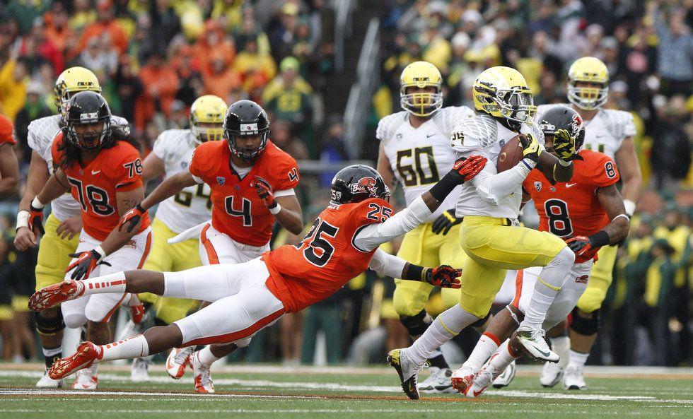 Kenyon BarnerCivil War run. Oregon ducks, Football