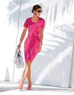 Kleid mit kurzen Ärmeln, Henkeltasche aus Leder, Peeptoe-Slingpumps