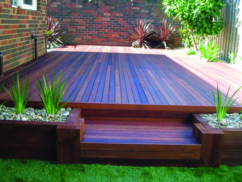 26 Floating Deck Style Tips Dova Home Small Backyard Decks