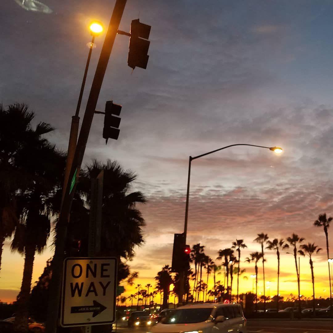 One Way Sunset City Of Orange California Nofilter Sky Sunset Cityoforange Orangeca Orangecalifornia Ca Outp Sunset City Orange City Orange California