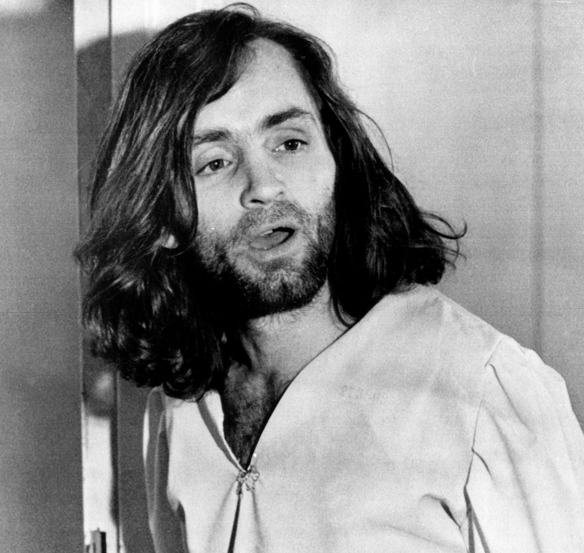 Cult Leader Charles Manson, Whose 1969 Murders Horrified the Nation ...