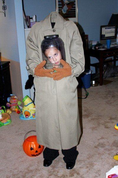 Head in a Jar! Headless Girl spooky costume Halloween ideas - scary homemade halloween costume ideas