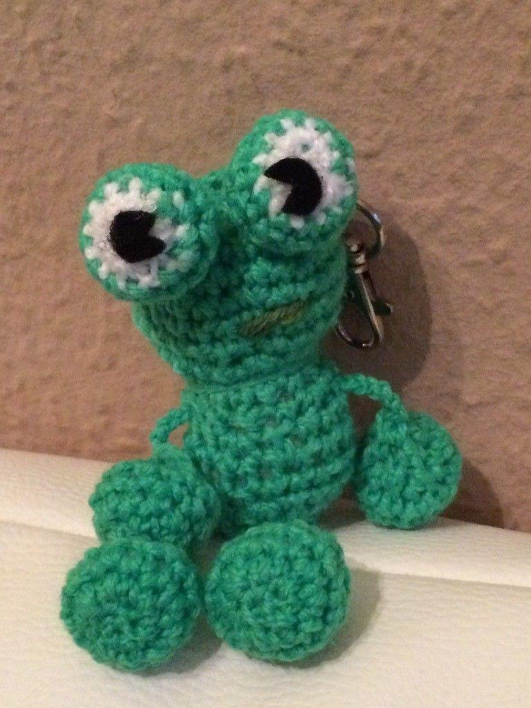 Kostenlose Häkelanleitung - Kleiner Frosch Schlüsselanhänger ...