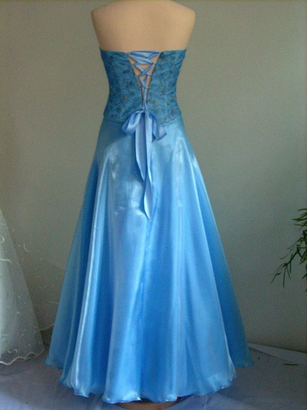 27a8525d3c8b Plesové šaty Organzové plesové šaty
