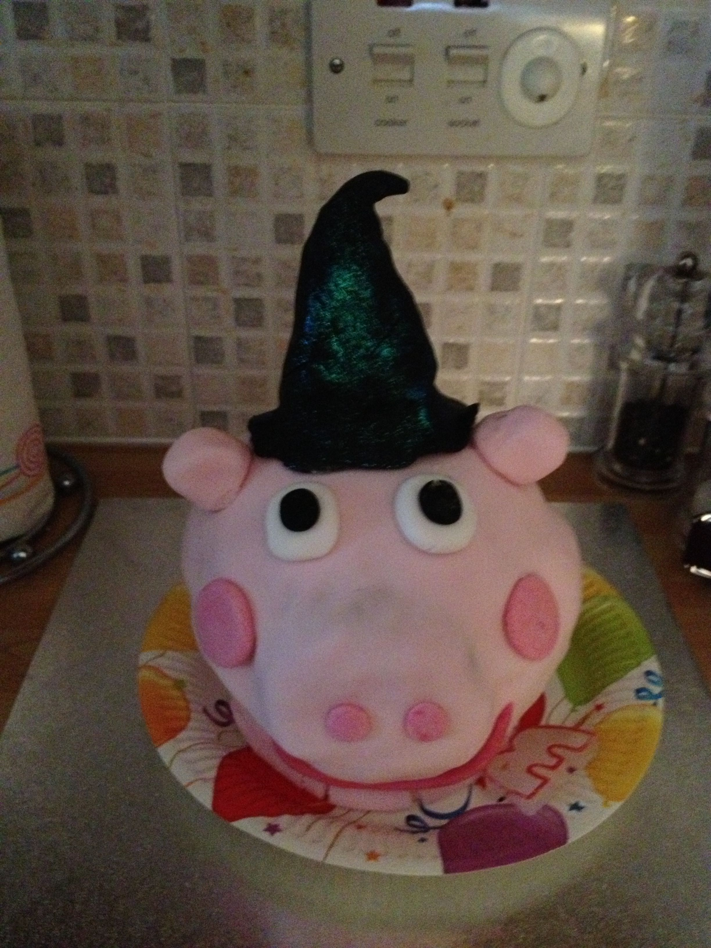 Peppa Pig Halloween cake, great idea for an original party. Find ...
