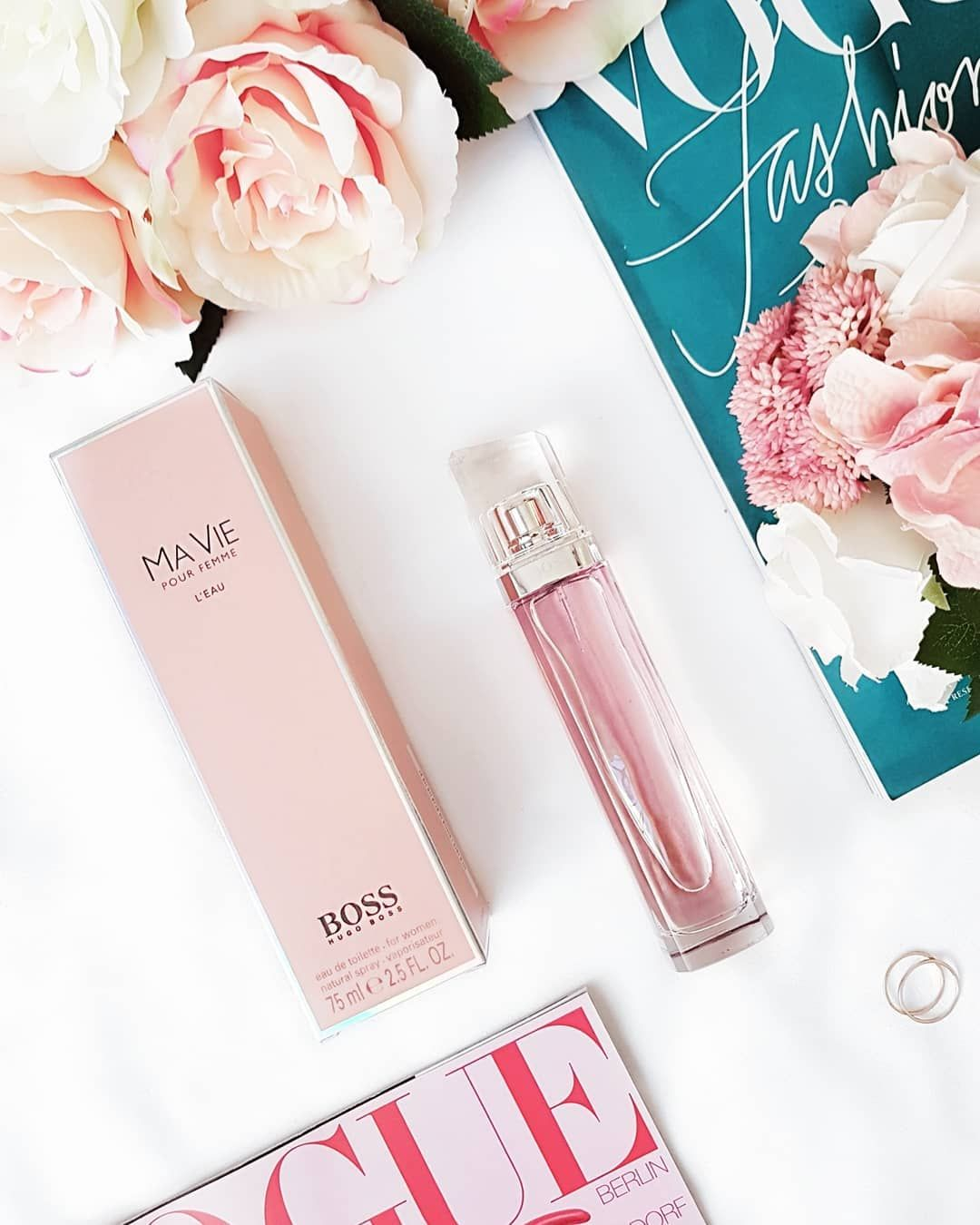 Hugo Boss Parfums Introduces Boss Ma Vie L Eau A Fresh And Luminous Fragrance Designed To Inspire Women To Recognize And Em Fragrance Design Parfume Fragrance