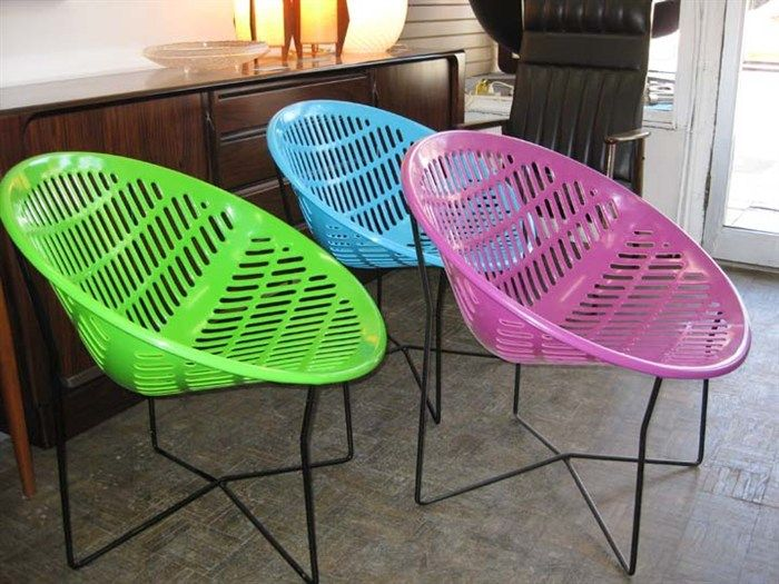 Solair chair or motel chair retro vintage round plastic for Retro outdoor furniture