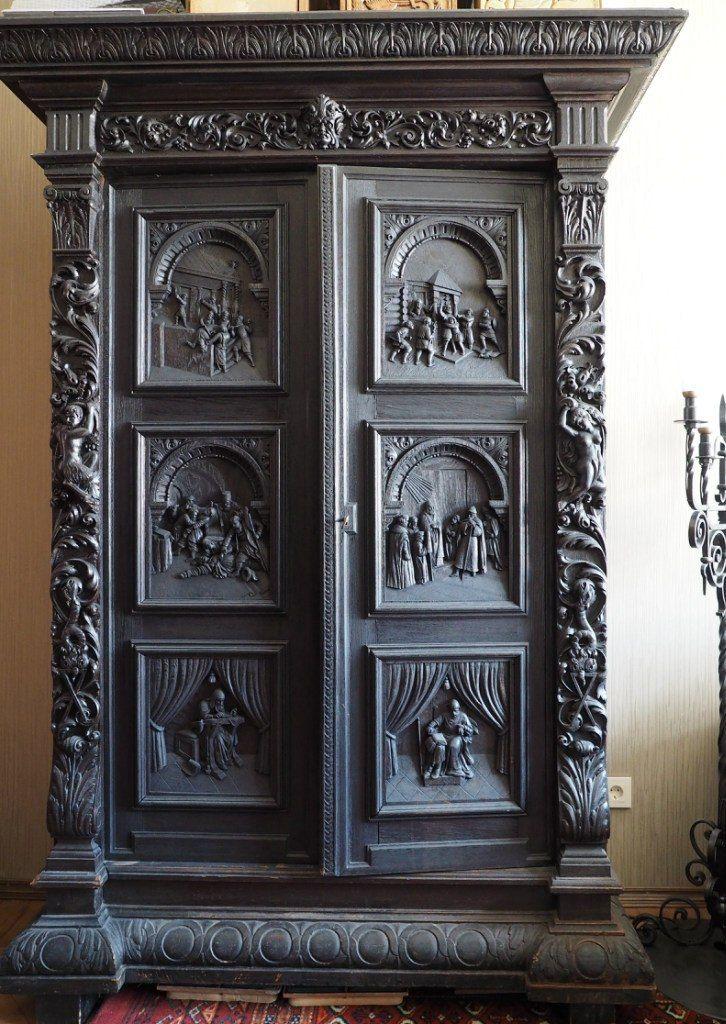 Pin By Zbigniew Mazurek On Szafy Carved Furniture Handmade Furniture Antique Furniture