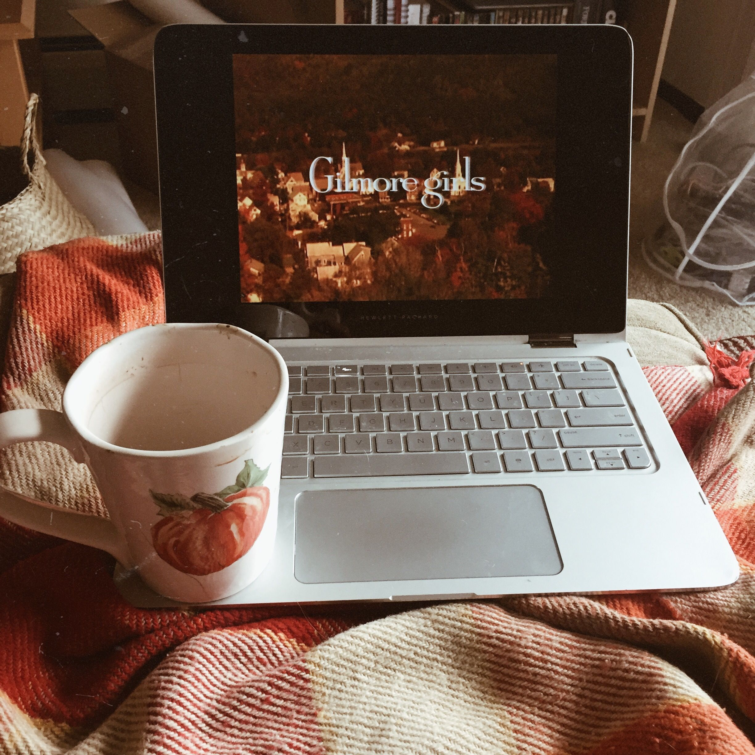 Cozyfall Home: #fall #morning #cozy # Cozyfall # Home #snuggles #autumn