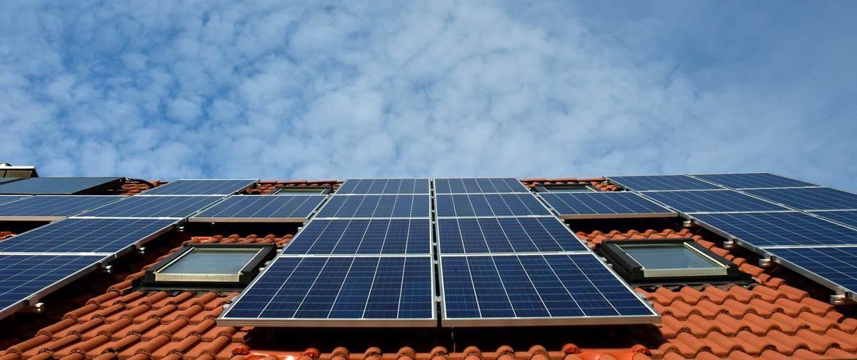 Types Of Solar Panel Business Solarpanelcost Solarpanelroof Homesolarsystem Commercialsolarpanel Solarp Solar Panels Best Solar Panels Solar Energy Panels