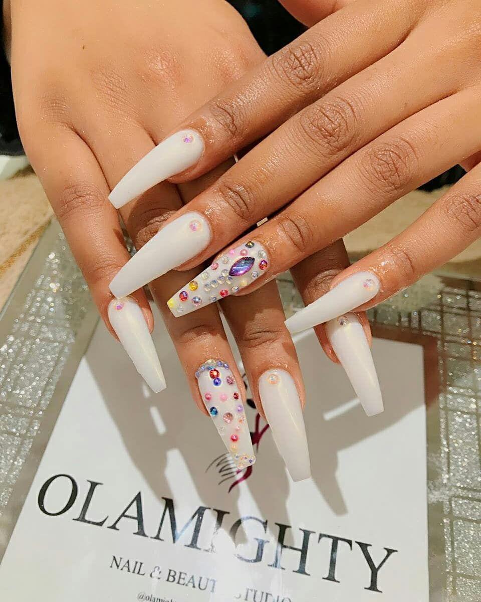 Olamightynails Beautyfulnails Beautyfulnails Nailsballerina Nailsofinstagram Nailsoftheday Wiki Bestnails Whitenails