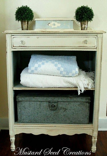Nightstand super cute i 39 ve been on the lookout for a for Cute nightstand ideas
