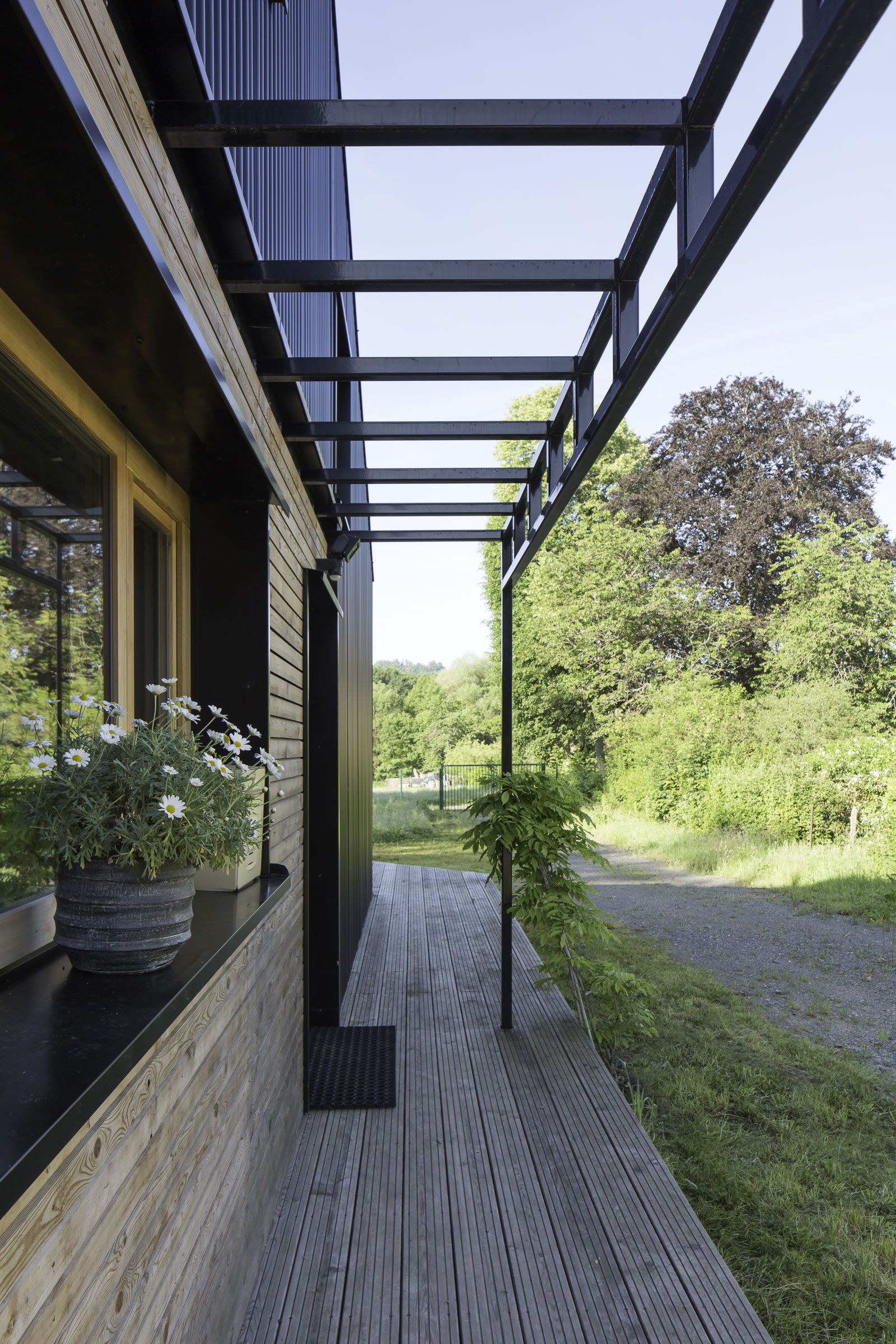 Move over tiny houses u this lowcost home could be the next big