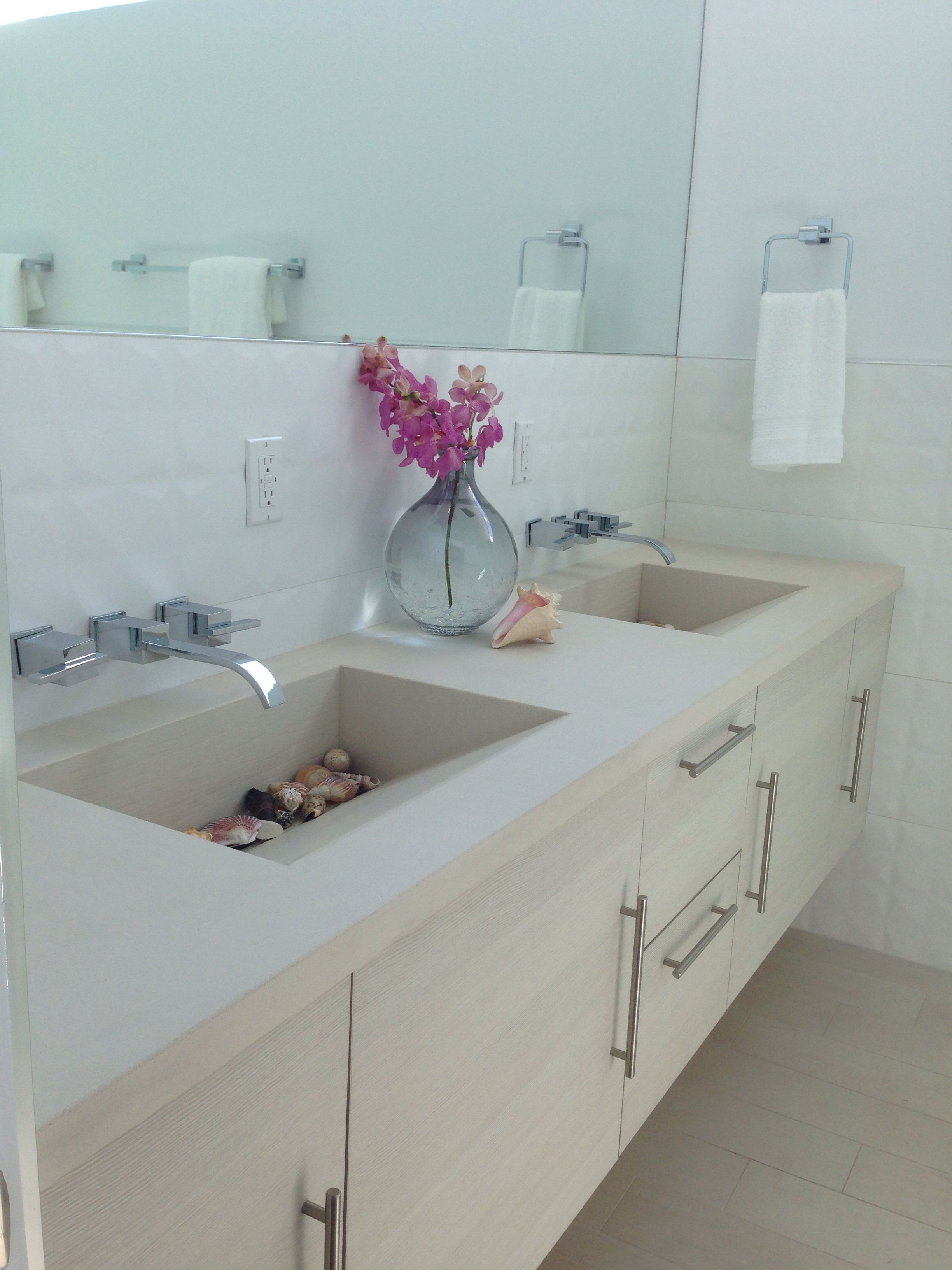Dual custom sink