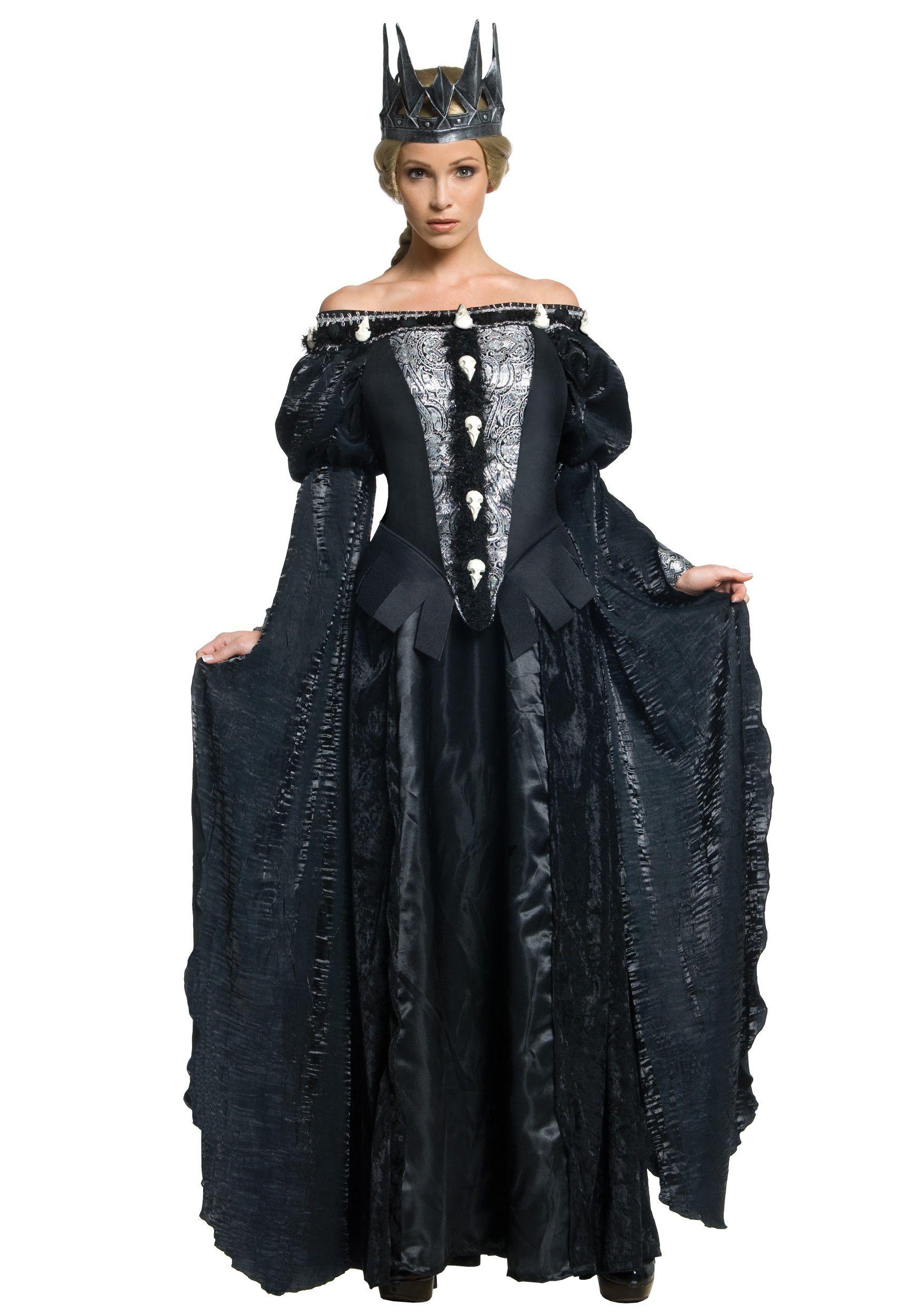 Deluxe Queen Ravenna Skull Dress | Knight Wedding | Pinterest ...