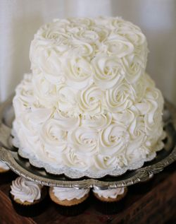 Weddingchannel Galleries Two Tiered White Wedding Cake Rosette