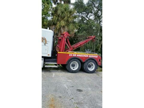 Holmes 750 Split Boom with a Z-18 Zack 20,000lb with wheel lift & 5th wheel kit