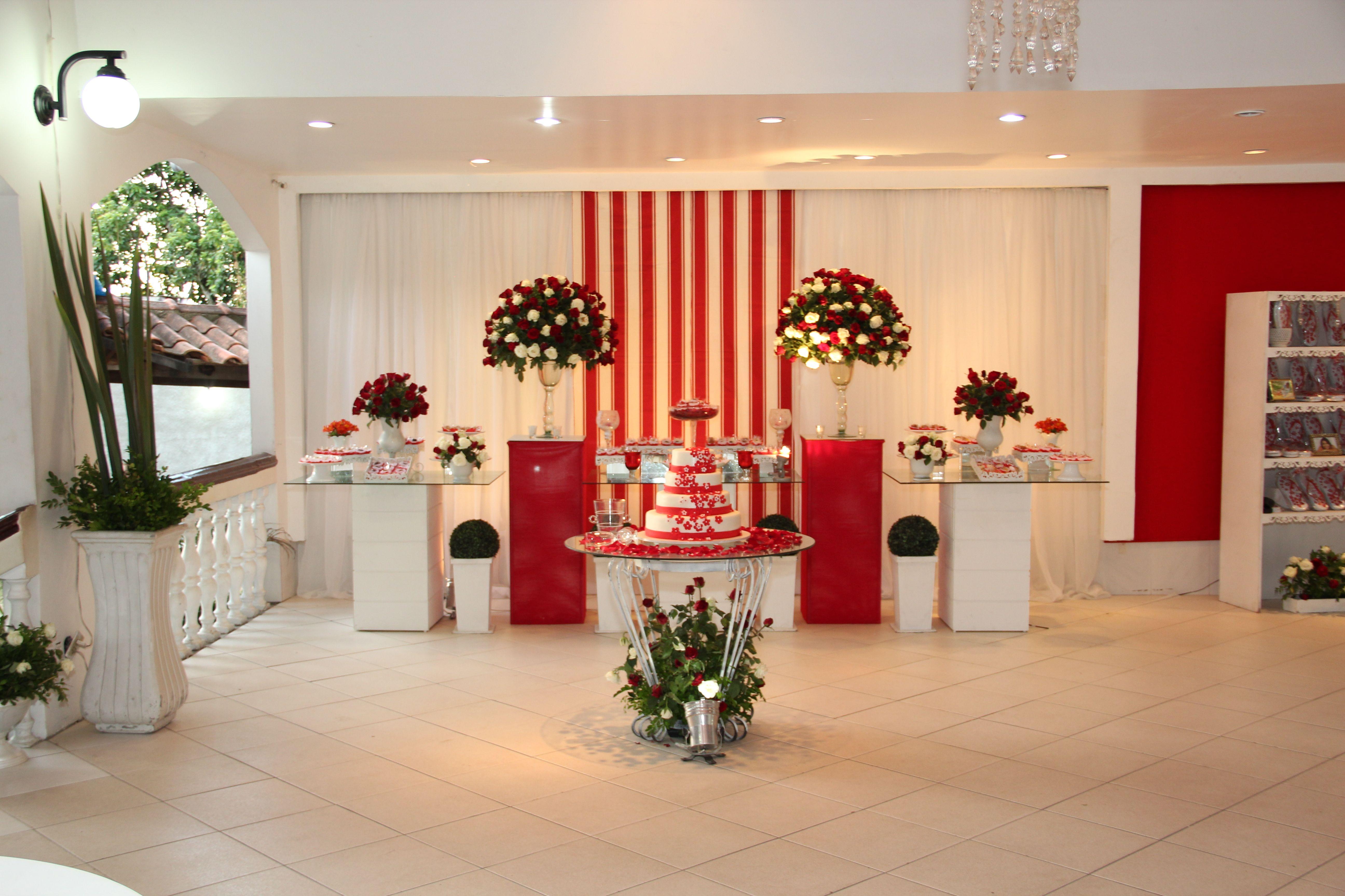 Casamento vermelho e branco Decoraç u00e3o vermelha Pinterest Casamento vermelho, Vermelho e  -> Decoração Para Casamento Vermelho Branco E Dourado