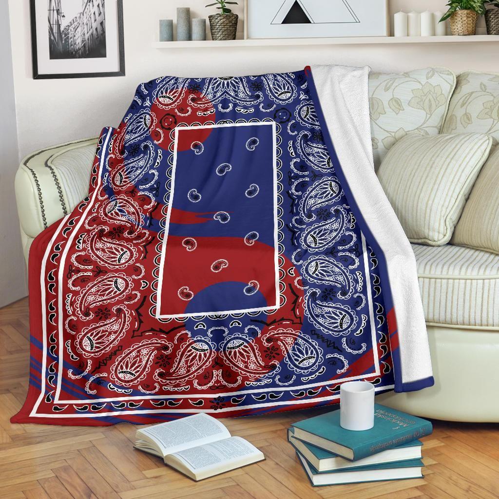 Pin By Michael Ollison On Damu Bandana Blanket Throw Blanket Fleece Blanket